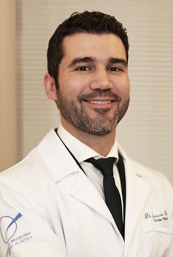 Dr. Leonardo Berticelli - Cirurgião Plástico